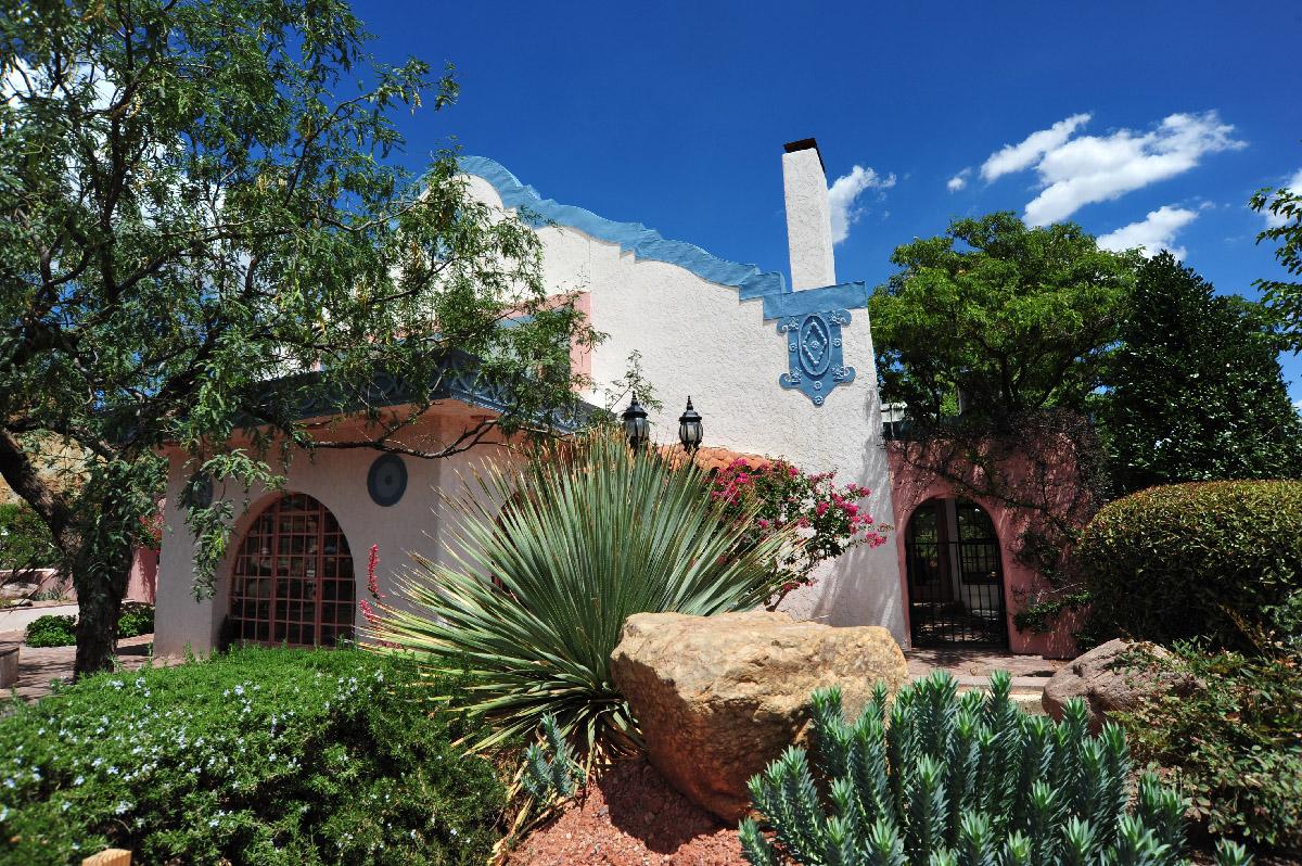 Calumet and AZ Guesthouse